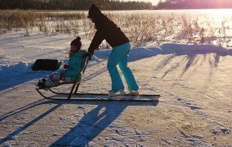 Winterurlaub mit Kindern und Hund in Schweden Bild von Silke Winter in Schweden Bild von Silke Nordfjäll