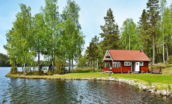 Ferienhaus in Südschweden direkt am See Lotorp Roxen und Glan für 4 Personen
