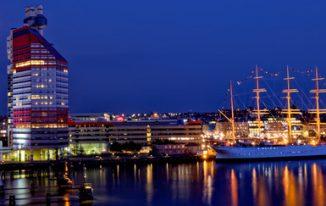 Göteborg in der Nacht in Schweden © Torbjörn // Fotlia.de