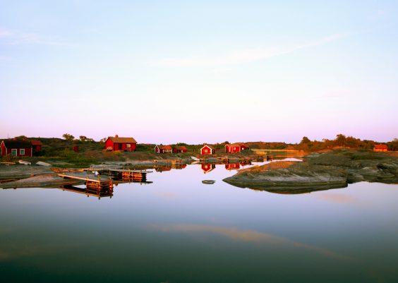 Schäreninseln vor Stockholm in Schweden Urlaub auf den Schäreninseln: Ein Ferienhaus am Meer an der Ostküste vor Stockholm