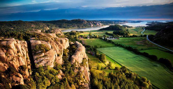 Regionen in Schweden - von Norden in den Süden von Ost nach West die schönen Regionen Schwedens zwischen Norwegen und Ostsee und Mitternachtssonne in Schwedisch-Lappland, Schärengärten und aurora borealis.