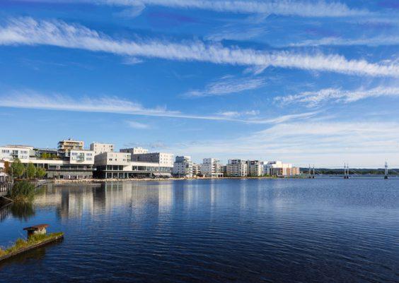 Jönköping die schöne kleine Stadt am See Vättern in Småland